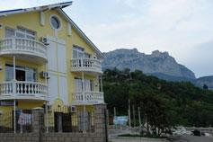 Алупка, отель Атрий