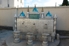 Во дворе соборной мечети Аша-Джами