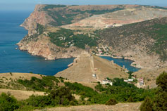 Вид на мыс Георгия и гору Мытлино