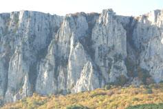 Вид на Аскер-Кач-Атан-Богаз - перевал, где воин потерял крест