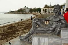 Евпатория. Скульптура Отдыхающий Геракла