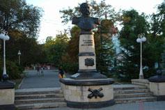 Феодосия. Памятник Николаю Михайловичу Соковнину