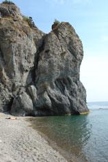 Дикий нудистский пляж у мыса Фиолент
