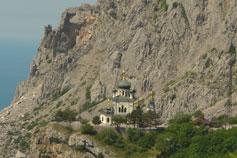 Форос. Церковь на скале Красной