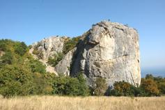 Крым, Краснокаменка, Кизил-Таш - Красный камень или Гелин-Кая (скала эллинов)