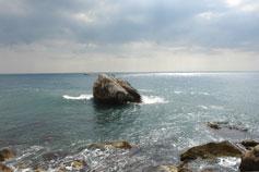 Береговое фото игра светотени на море