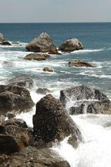 Кастрополь - Береговое мыс Троицы, море камни