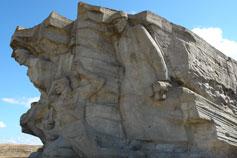 Аджимушкай. Скульптурная композиция над музеем обороны каменоломен