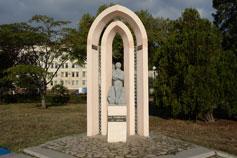 Керчь. Памятник Пушкину
