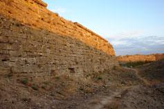 Ени-Кале. Крепостная стена у рва