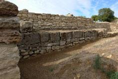 Тиритака. Оборонительная стена