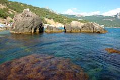 Лето, море, Ласпи