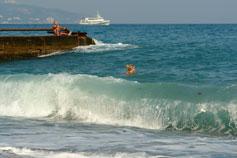 Ливадийский пляж. Волна