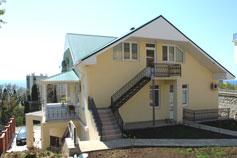Дом в Мисхоре напротив санатория Морской Прибой
