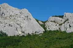 Кастропольская стена над Оливой