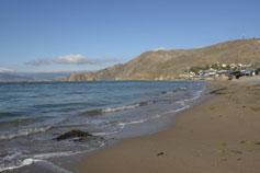 Орджоникидзе. Пляж после шторма. Бухта Провато