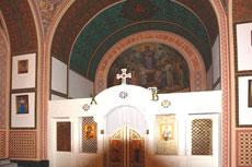 Иконостас в храме Покрова Пресвятой Богородицы в Ореанде