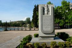 Севастополь. Бухта Голландия. Памятник размагничивания кораблей