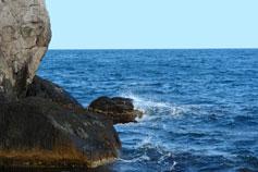 Крым. Симеиз, пляж, море, скалы