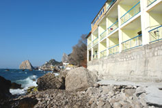 Симеиз гостиница Ассоль на берегу моря. Бронирование гостиниц в Крыму