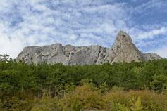 Гора Парсук-Кая в окрестностях Солнечной Долины