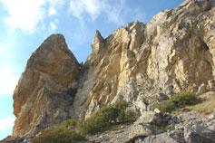Урочище Алчак-Кая. Расщелина
