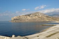 Бухта Капсель. Вид на Алчак-Кая
