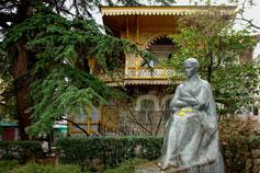 Ялта - памятник Леси Украинке