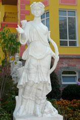 Ялтинский зоопарк Сказка. Греческая богиня Артемида